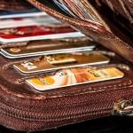 社会人の彼氏へ財布を贈りたい!クリスマスプレゼントにおすすめのブランドとは?