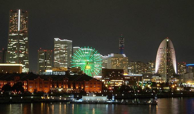 横浜告白デートコース大さん橋