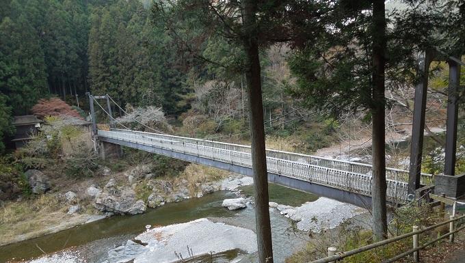 秋の紅葉デート御岳渓谷ハイキングデート3